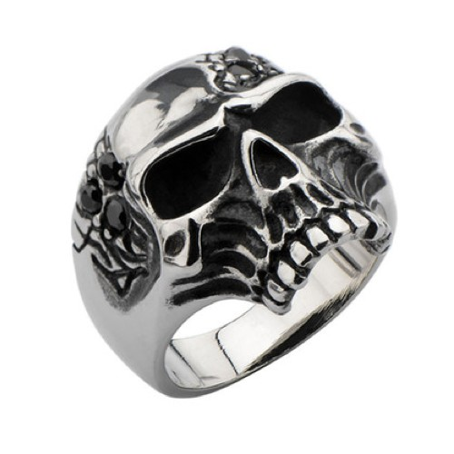 Skull ring with black gems